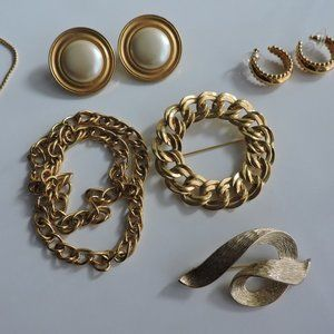 MONET Jewelry Lot Gold All Pieces Signed 1970's